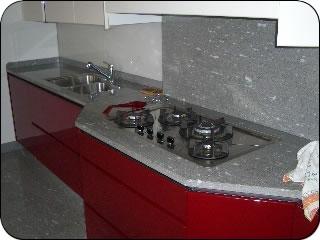 Stefanetta s n c lavorazione produzione marmo marmi granito graniti serizzi - Top cucina in granito ...
